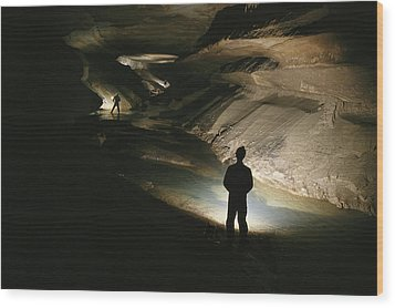 Cavers Stand In The New Discover Wood Print by Stephen Alvarez