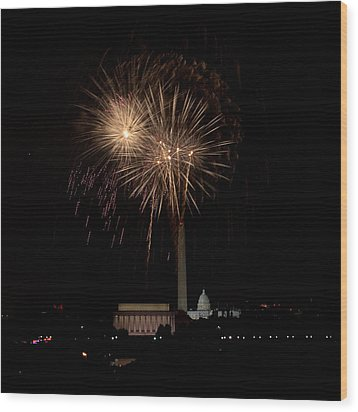 Celebrating America From The Captial Wood Print by David Hahn