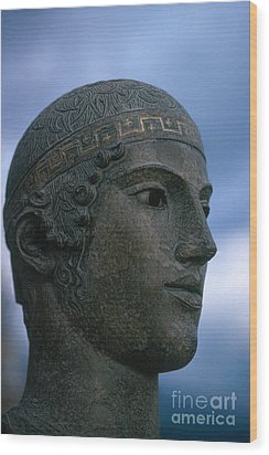 Charioteer Of Delphi Wood Print by Photo Researchers