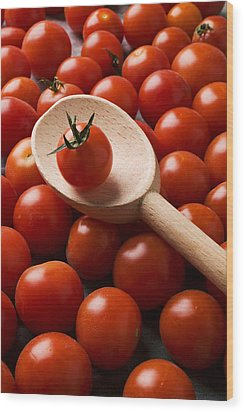 Cherry Tomatoes And Wooden Spoon Wood Print by Garry Gay