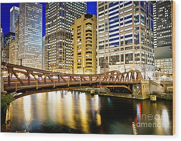 Chicago At Night At Clark Street Bridge Wood Print by Paul Velgos