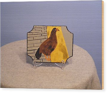 Chicken In Key West Wood Print by Tina Brown