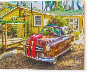 Christmas At Crystal Cove Wood Print by Gregory Dyer