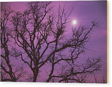 Christmas Morning Moon Wood Print by Jeff R Clow