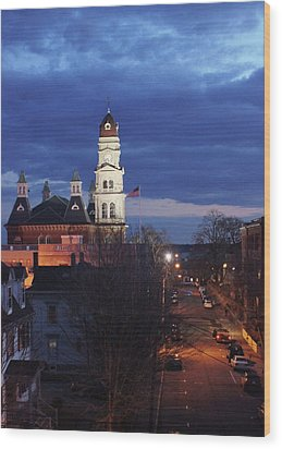 City Hall At Dusk Wood Print by Matthew Green