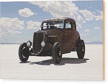 Classic Hotrod On Utah Salt Flats. Wood Print by Paul Edmondson