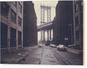 Classic View Of The Manhattan Bridge Wood Print by Everett