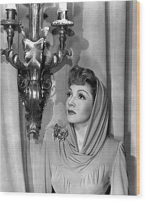 Claudette Colbert Wood Print by Everett