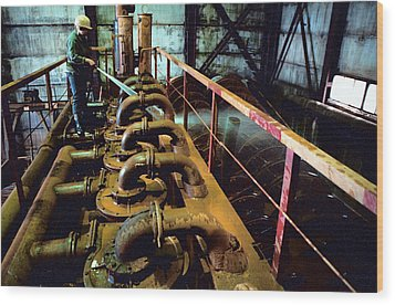Cleaning Gold Mining Equipment Wood Print by Ria Novosti