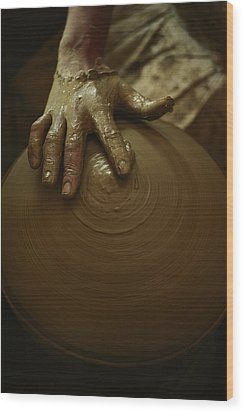 Close-up Of The Brown Muddy Hand Wood Print by Thomas J. Abercrombie