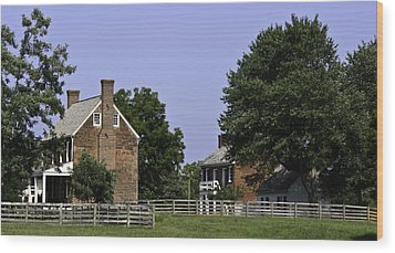 Clover Hill Tavern And Kitchen Appomattox Virginia Wood Print by Teresa Mucha