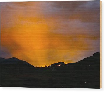 Co Alpenglow Wood Print by Kathryn Barry