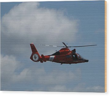 Coast Guard Rescue By Air Wood Print