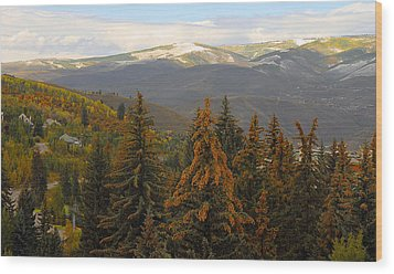 Colorada Mountains Wood Print