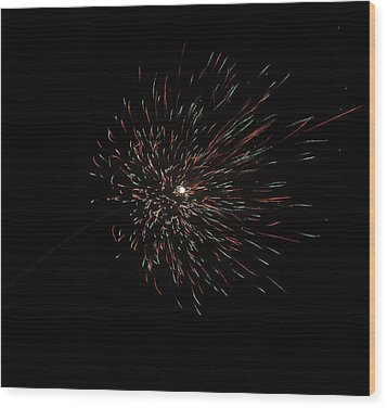 Colorful Burst Of Firecrackers High In The Sky Wood Print by Ashish Agarwal