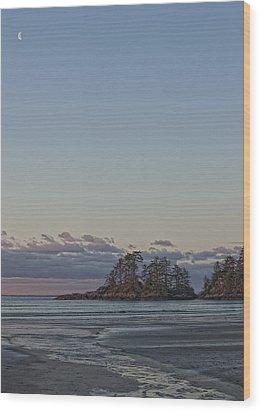 Combers Beach At Dawn, Tofino, British Wood Print by Robert Postma
