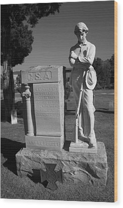 Confederate Soldier Memorial Wood Print by Kathy Clark