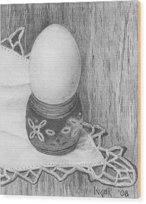 Cooked Egg With Napkin Wood Print by Inger Hutton
