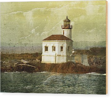 Coquille River Lighthouse Wood Print by Jill Battaglia