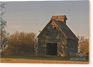 Wood Print featuring the photograph Corn Crib At Sunset by Edward Peterson
