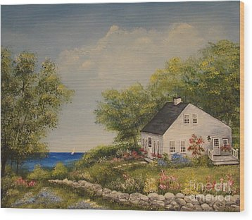 Cottage By The Lake Wood Print