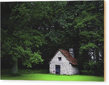 Cottage In The Woods Wood Print by Fabrizio Troiani