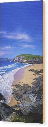 Coumeenoole Beach, Dingle Peninsula, Co Wood Print by The Irish Image Collection