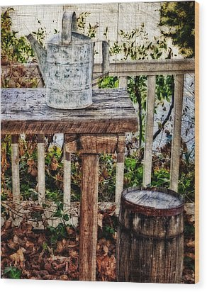 Country Porch Wood Print by Kathy Jennings
