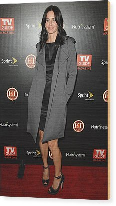 Courteney Cox At Arrivals For Tv Guides Wood Print by Everett