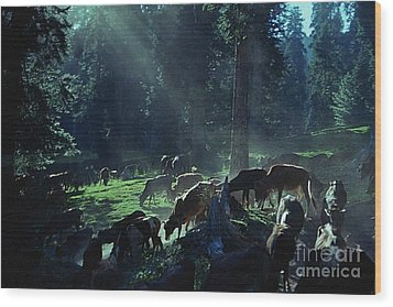 Cows Come Home Wood Print by Vilas Malankar
