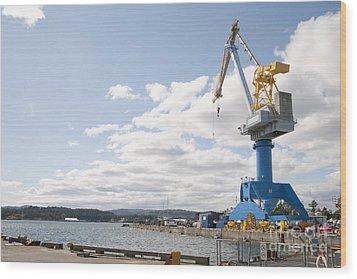 Crane At Shipyard Wood Print by Shannon Fagan