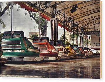 Crash Cars Wood Print by Gabriel Calahorra