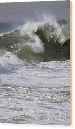 Crashing Wave Wood Print by Timothy OLeary
