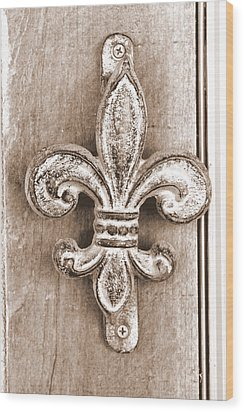 Creole Knocker Wood Print by Hannah Miller
