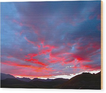 Crested Butte Alpenglow Wood Print by Kathryn Barry