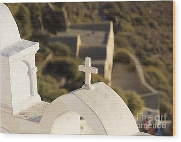 Wood Print featuring the photograph Cross by Leslie Leda