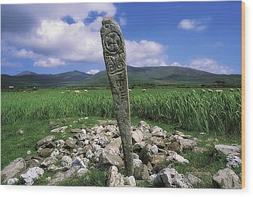 Cross Slab, Dingle Peninsula, Co Kerry Wood Print by The Irish Image Collection
