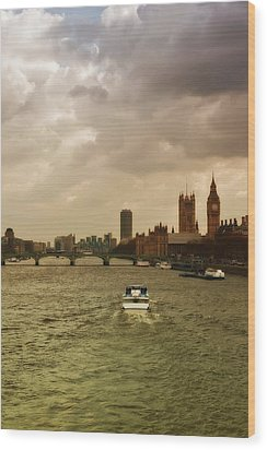 Cruise On River Thames In London - England Wood Print by Alexandre Fundone