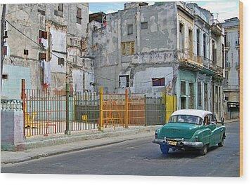 Wood Print featuring the photograph Cuba Vintage American Car  by Lynn Bolt