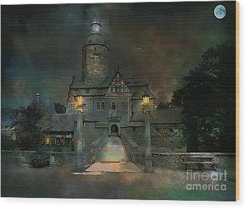 Czocha Castle  Wood Print by Andrzej Szczerski