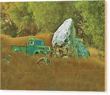 Daddy's Truck Wood Print by Helen Carson