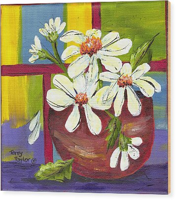 Daisies In A Red Bowl Wood Print