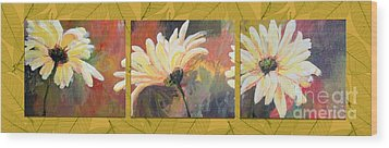 Daisies Three Wood Print by Susan Fisher
