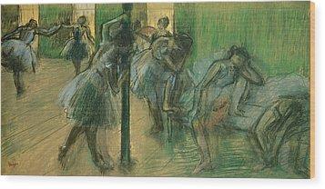 Dancers Rehearsing Wood Print by Edgar Degas