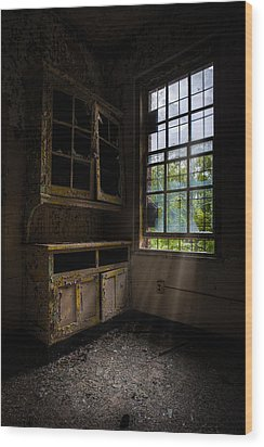 Dark And Empty Cabinets Wood Print by Gary Heller