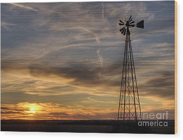 Dark Sunset With Windmill Wood Print by Art Whitton
