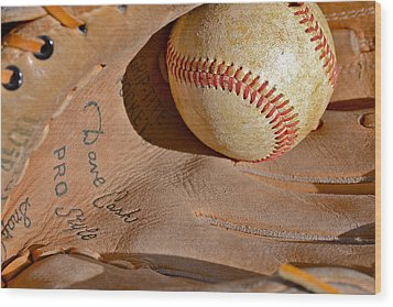 Dave Cash Mitt Wood Print by Bill Owen