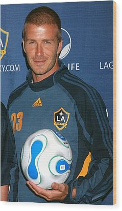 David Beckham At The Press Conference Wood Print by Everett