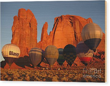 Dawn Flight In Monument Valley Wood Print by Vivian Christopher