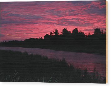Dawn Glory Wood Print by Richard De Wolfe